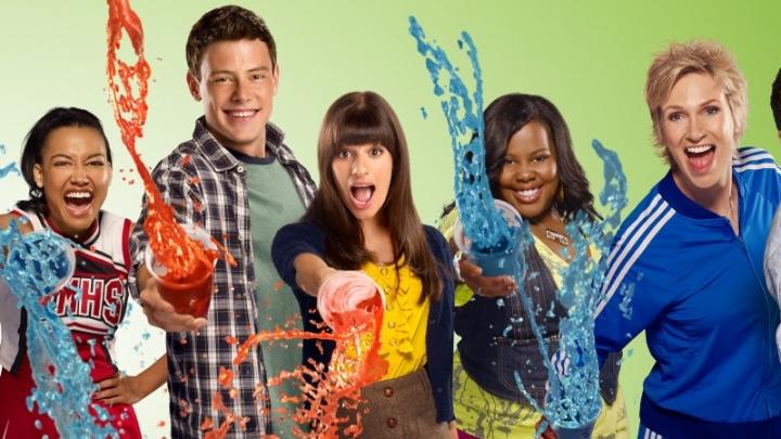 """""""Glee"""": Fã percebe detalhe bizarro em cena da série. Veja!"""