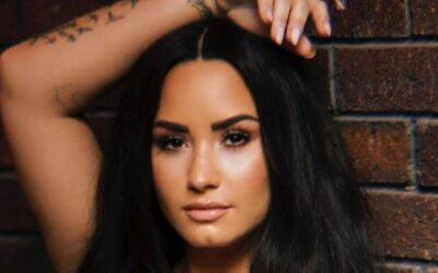 """Após fim de noivado, Demi Lovato lança """"Still Have Me"""". Escute com a letra e a tradução!"""